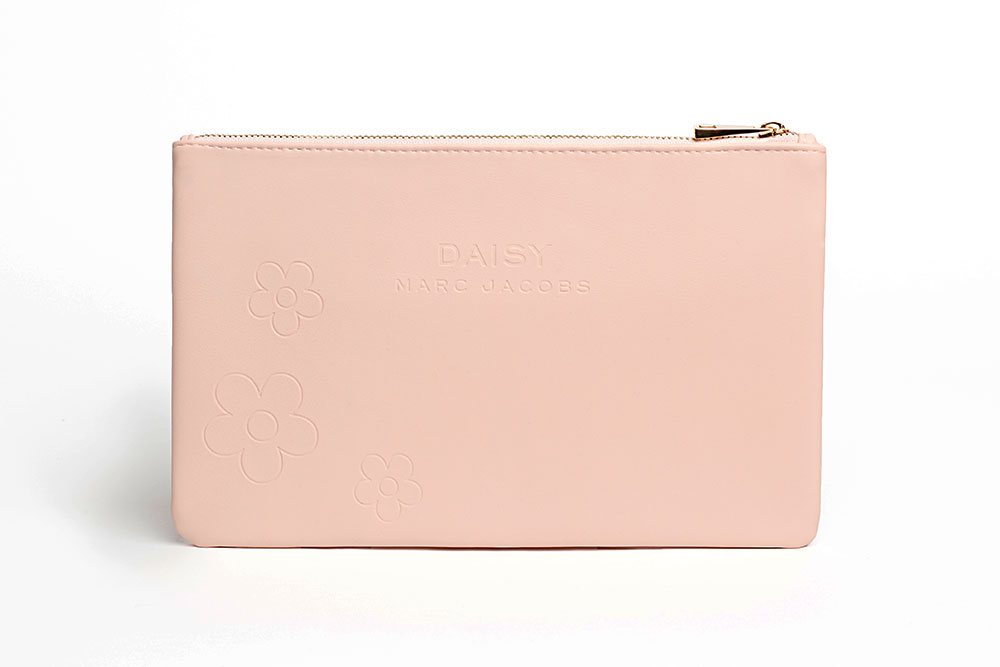 Daisy-marc-Jacobs-pink_v01